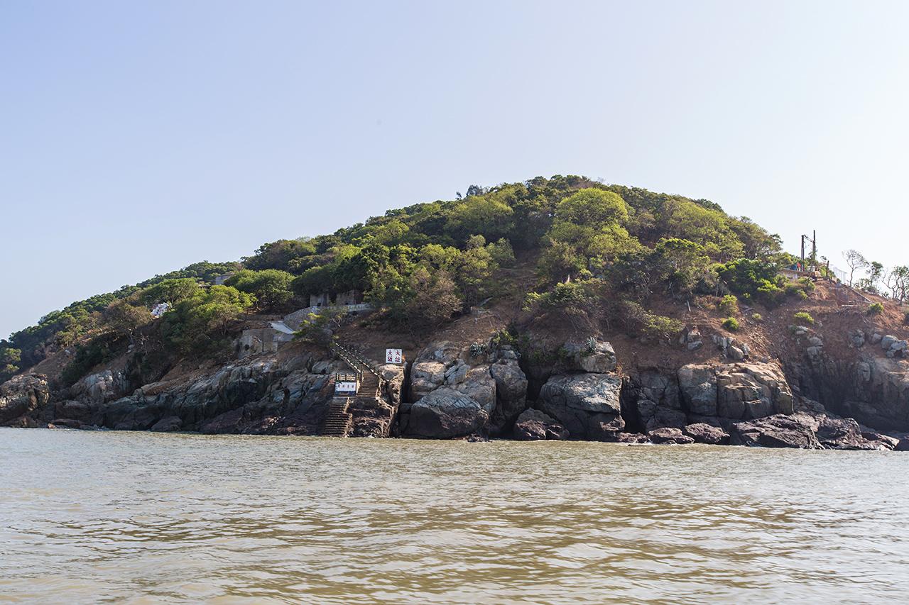 大坵島を眺める