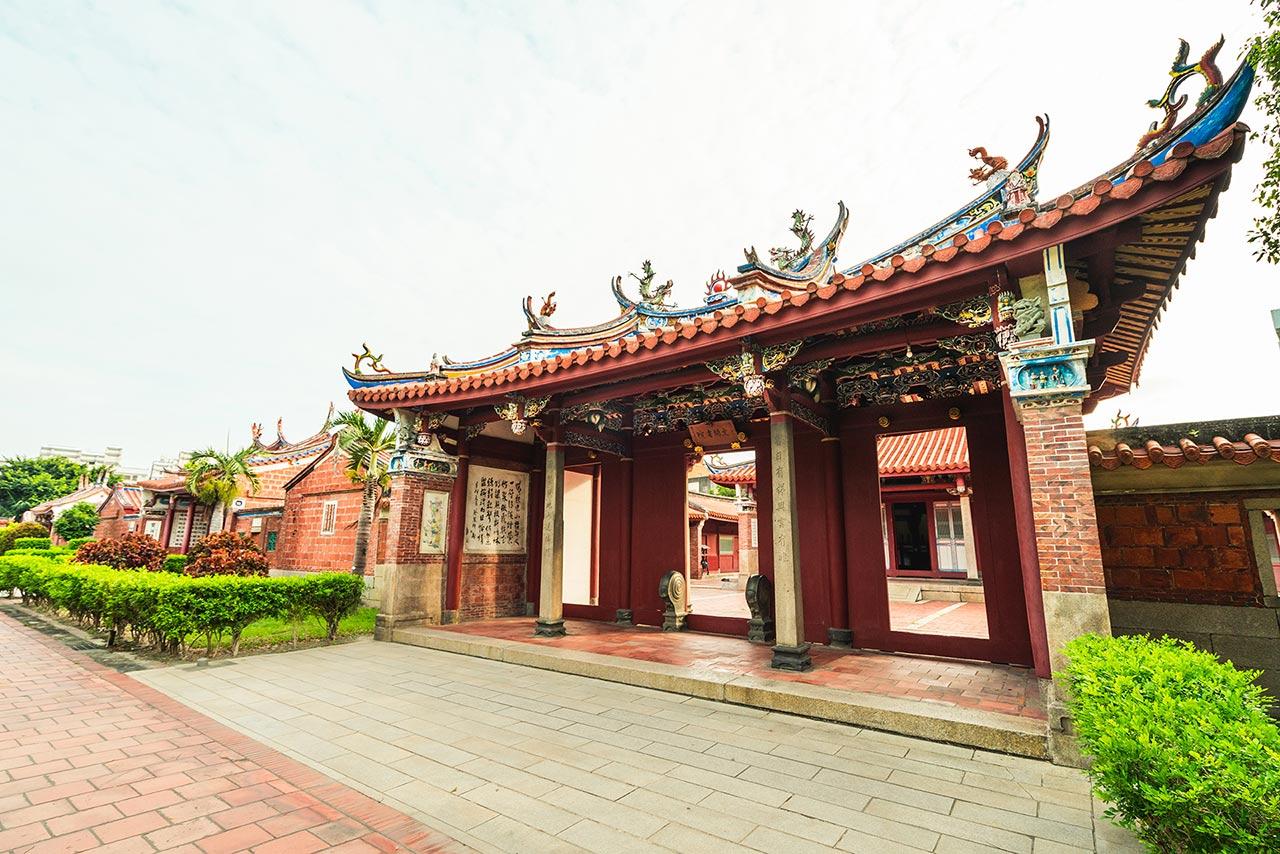 鹿港文武廟の側面