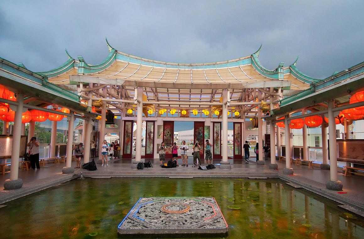 ガラス媽祖廟の内部