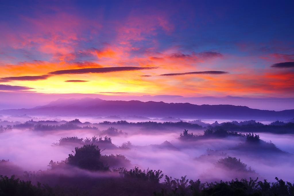 草山月世界の美景