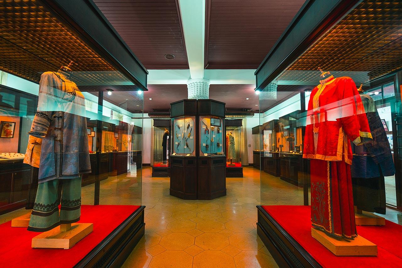 鹿港民俗文物館の内部