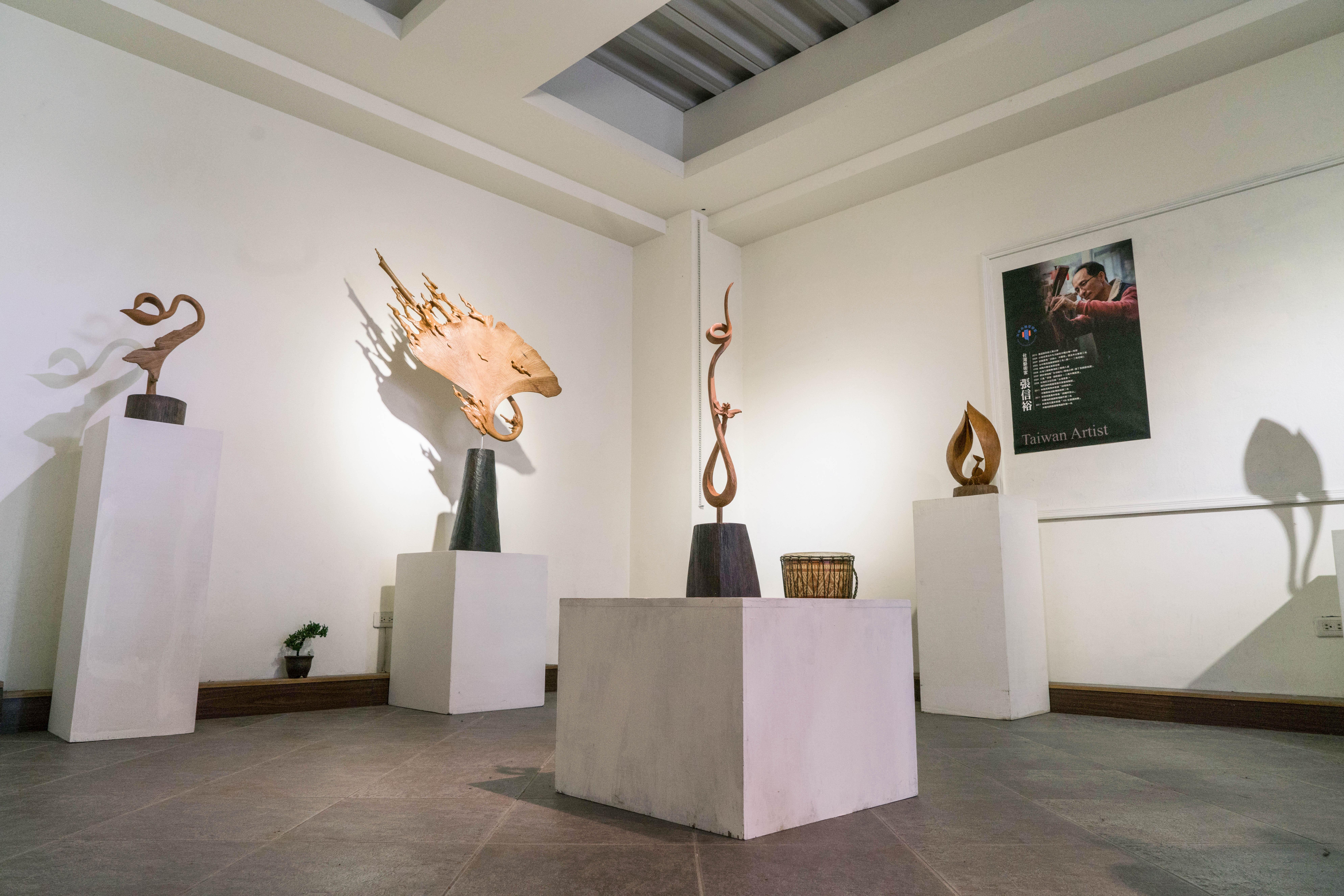 三義木彫博物館の內部