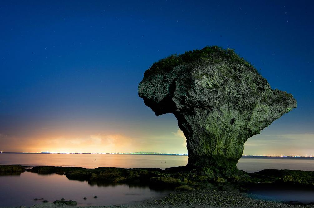 花瓶岩の美景