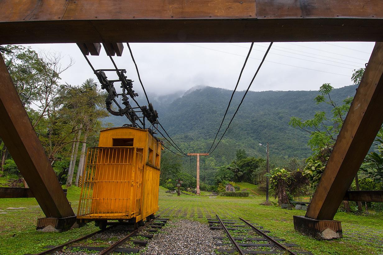木材運搬用の線路