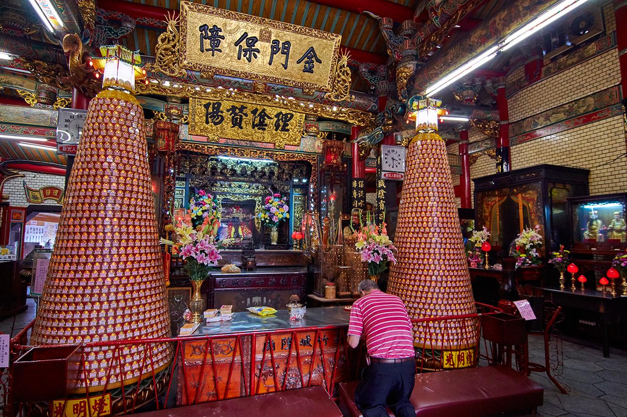 新竹城隍廟內部