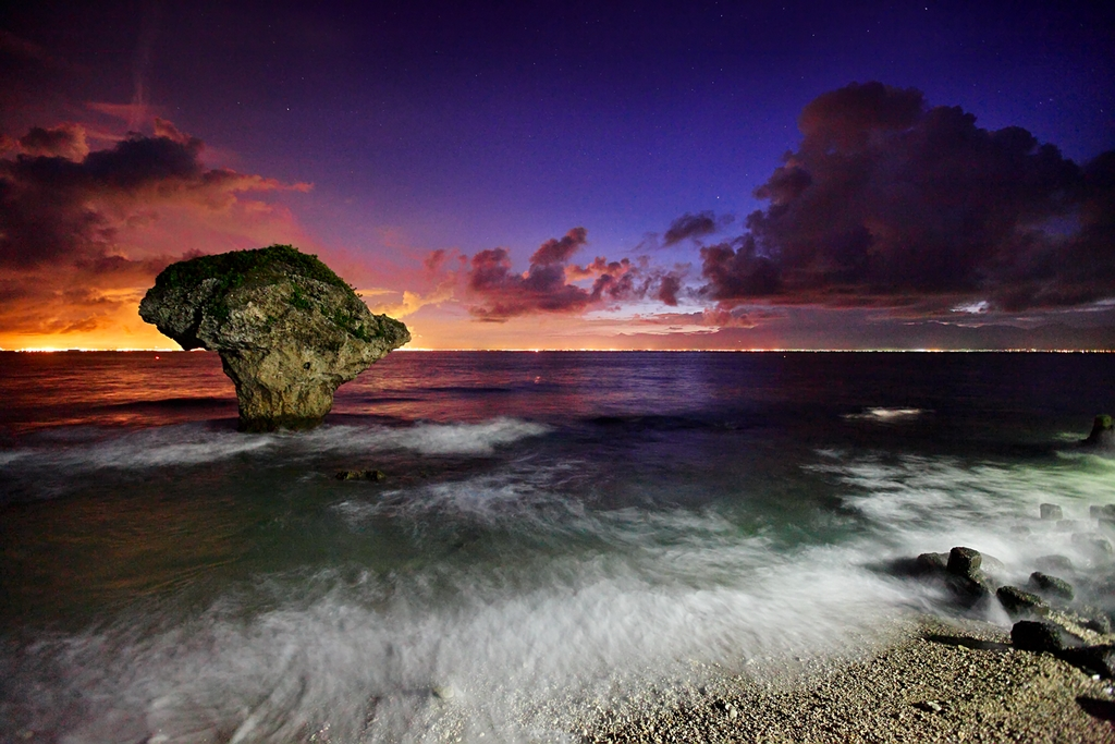 東港小琉球―花瓶の岩