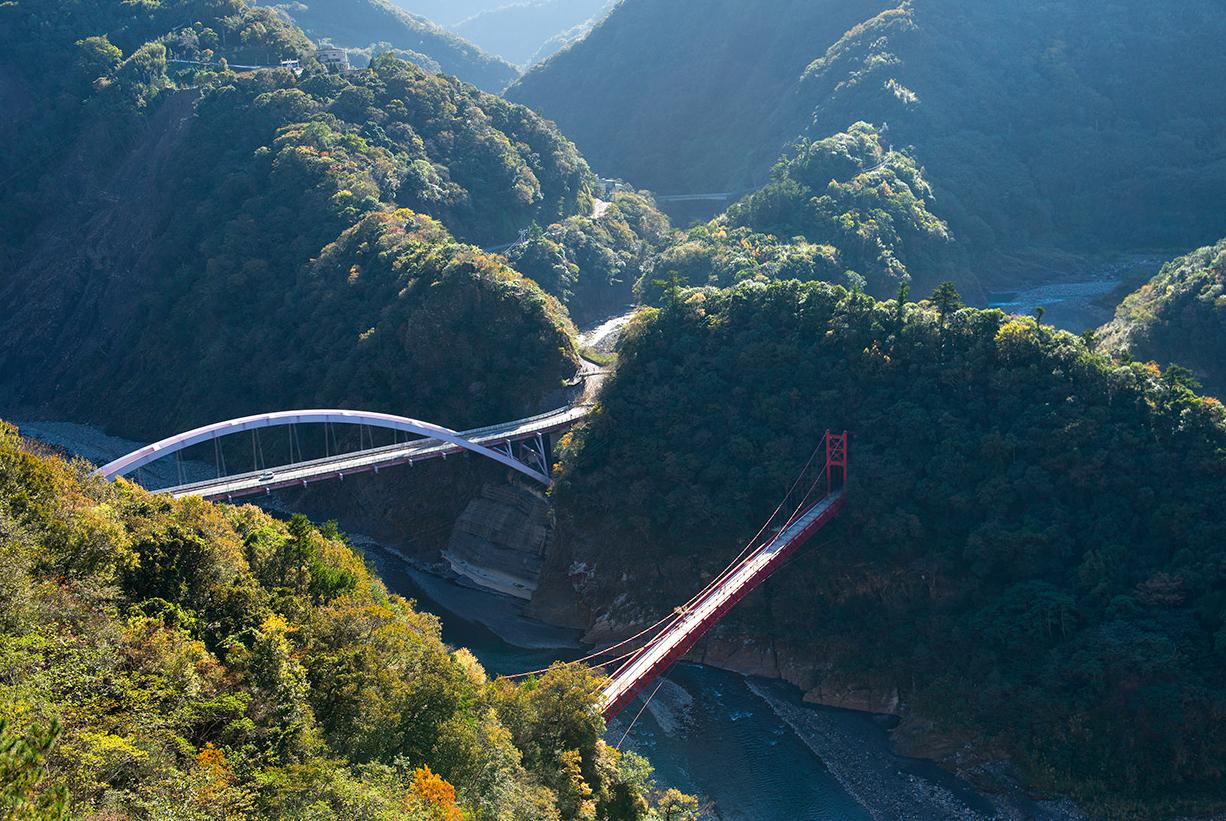 爺亨棚田と吊橋