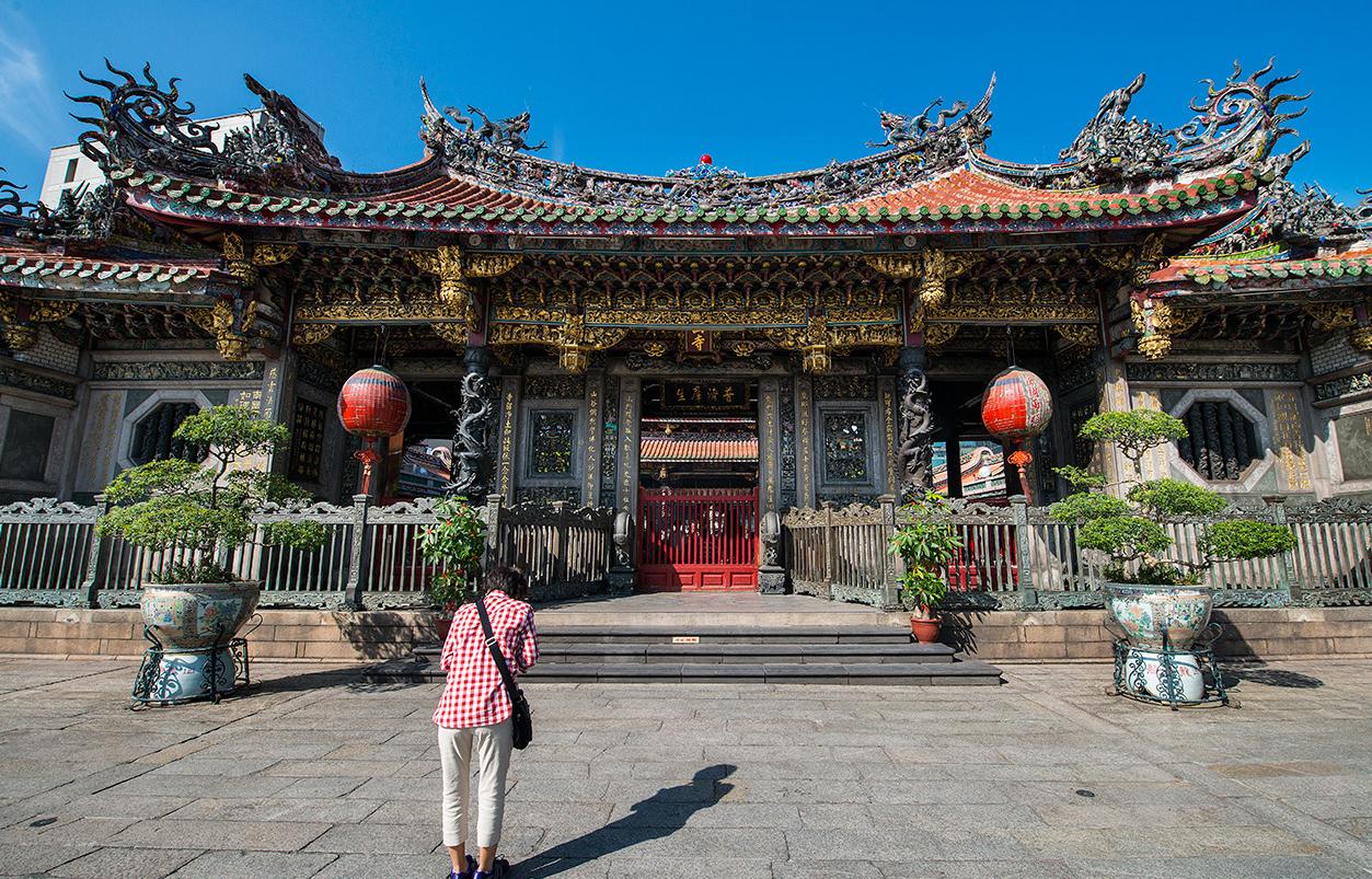 バンカ龍山寺の外観