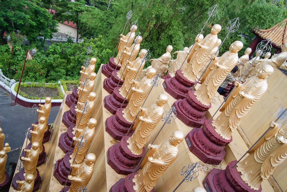 仏光山の阿弥陀仏像