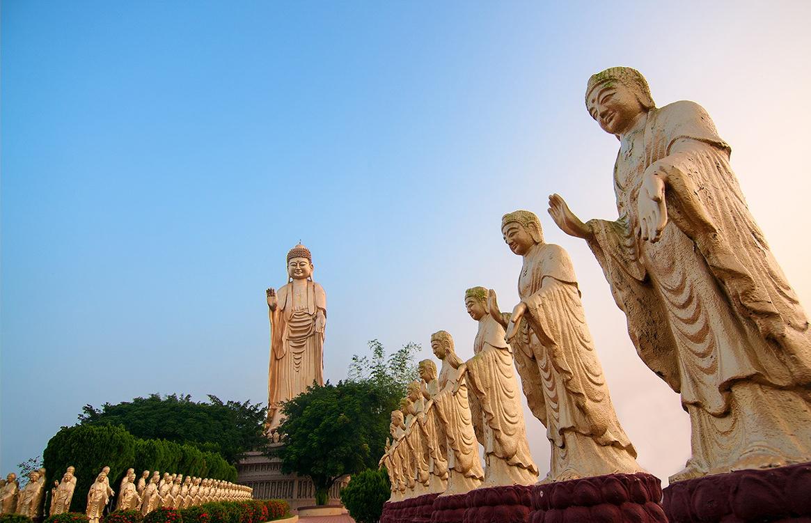 阿弥陀仏の像