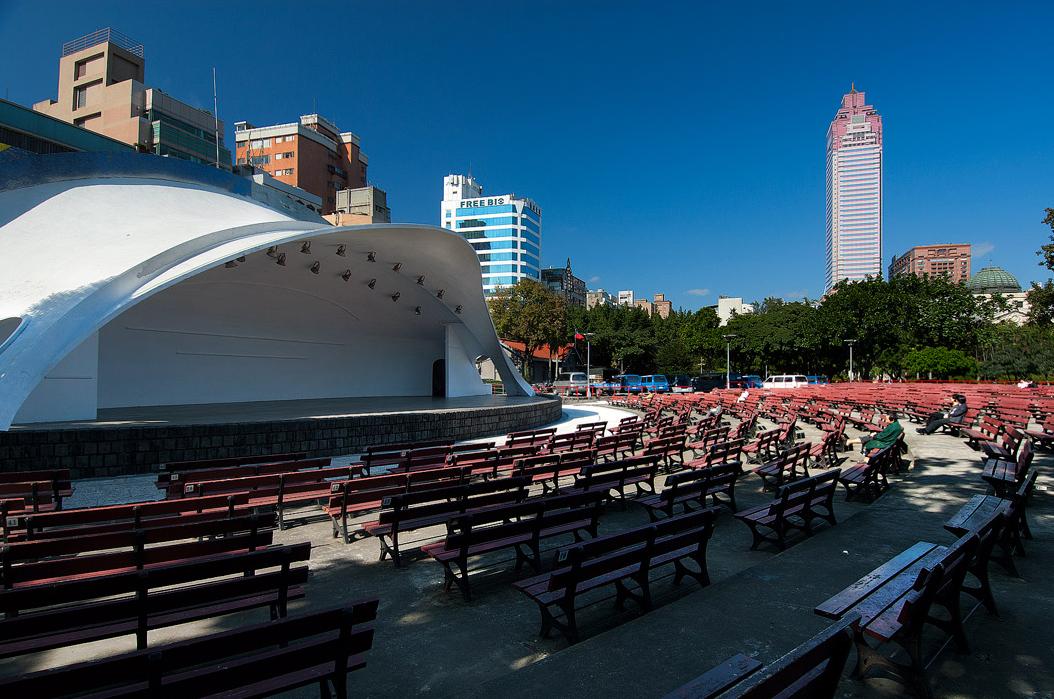 台北二二八和平公園の屋外音楽舞台