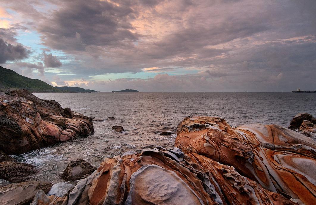 形が特殊な美しい奇岩