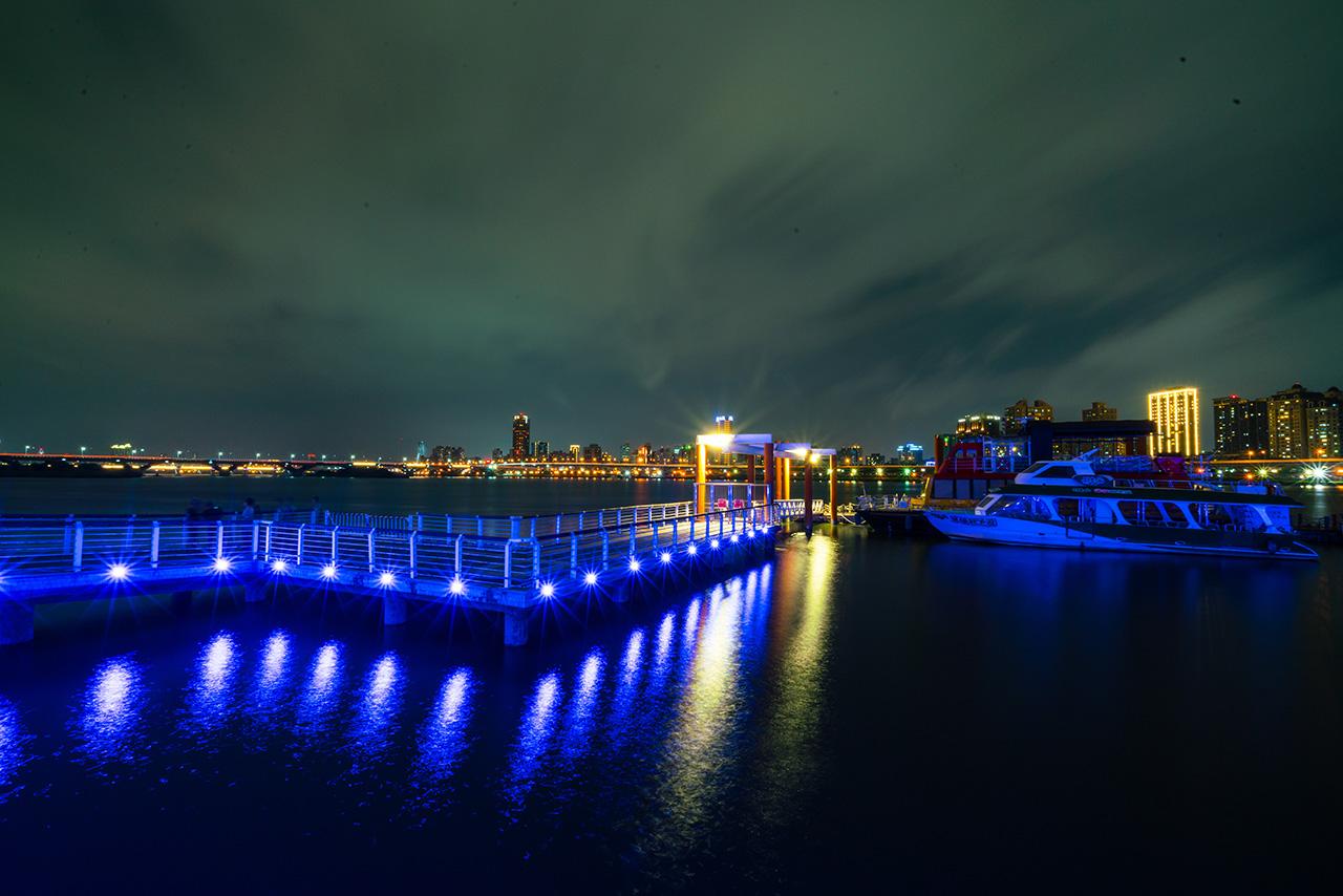大稲埕埠頭の夜景