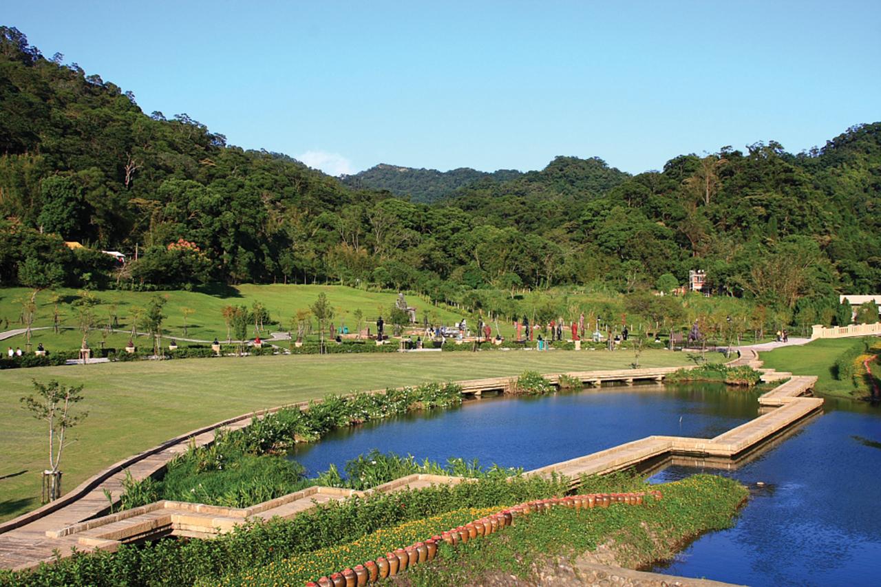 慈湖雕塑紀念公園(慈湖彫刻紀念公園)