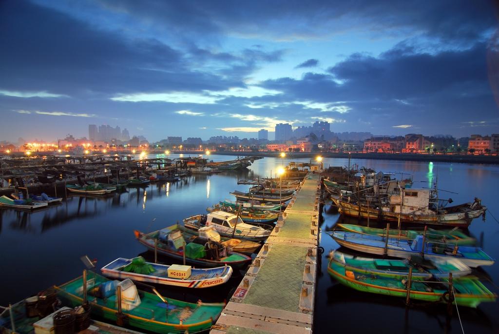 安平港浜の景色