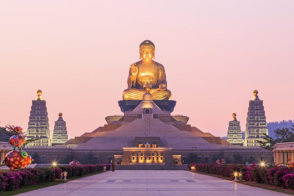 仏光山仏陀紀念館の夜景