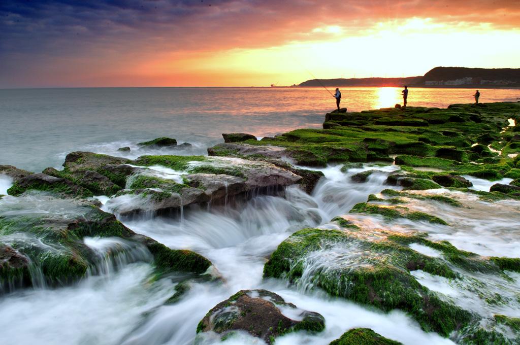 老梅緑石槽の夕日