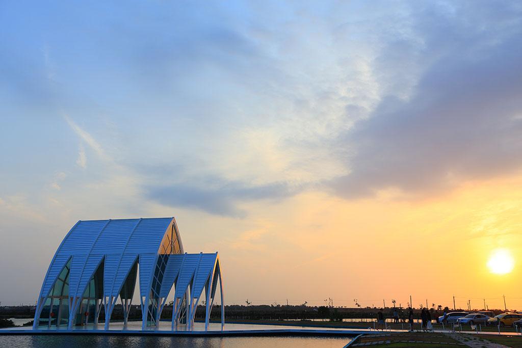 水晶教会の夕焼け