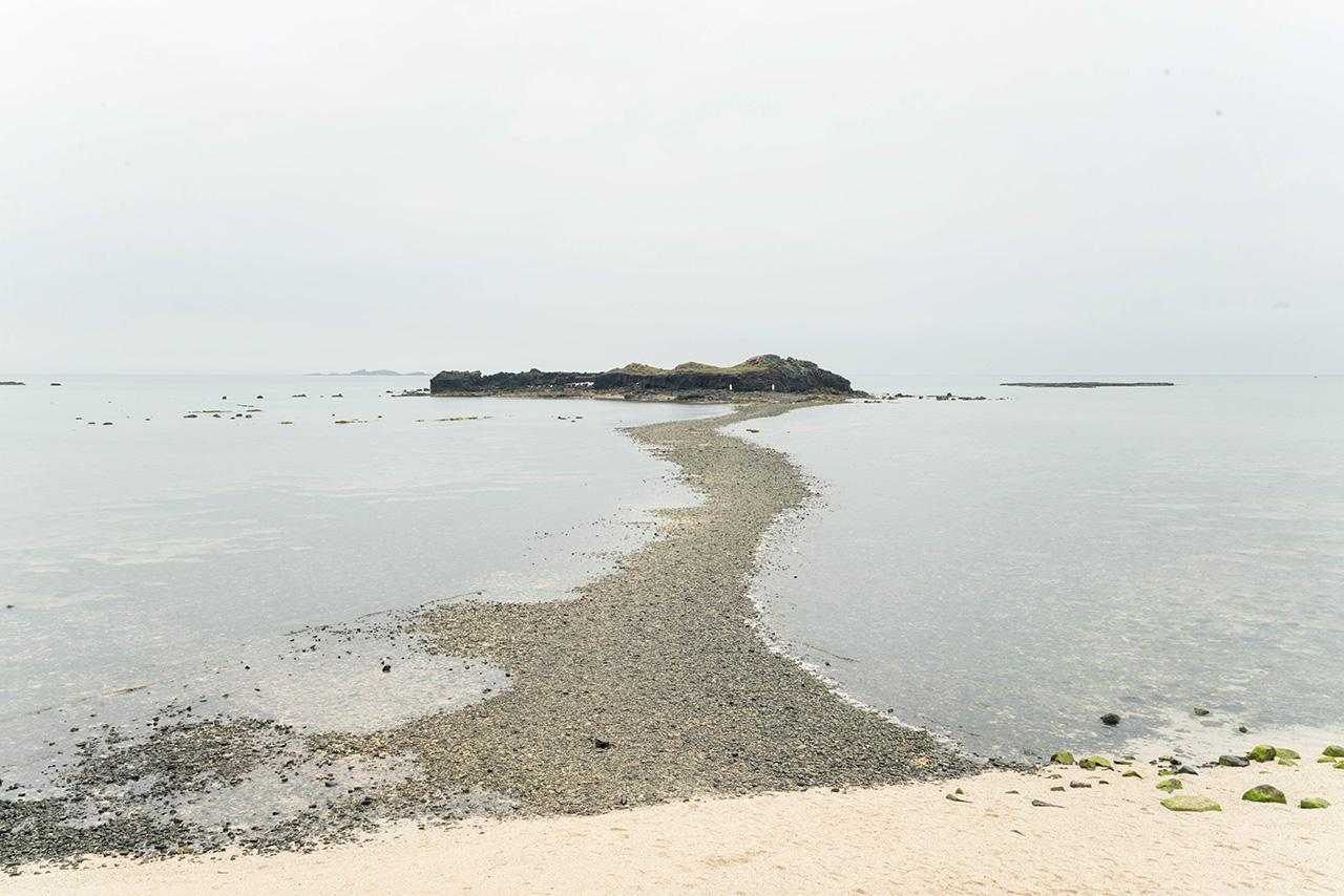 奎壁山摩西分海