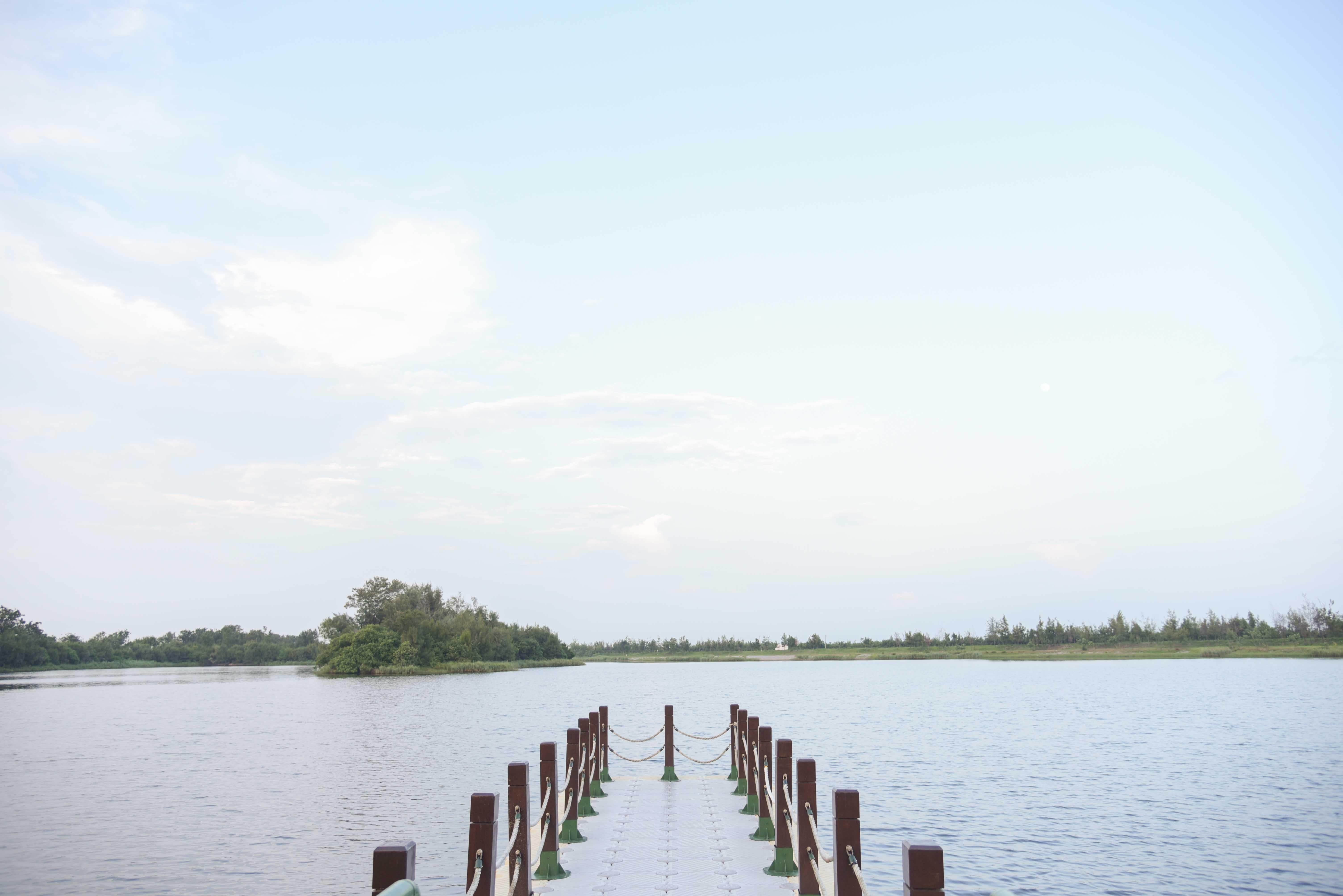 椬梧帯湖景観公園埠頭