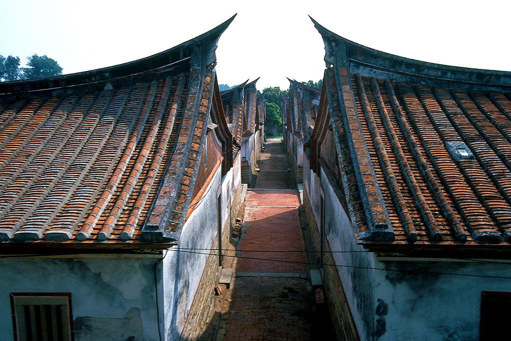 古厝間の通道