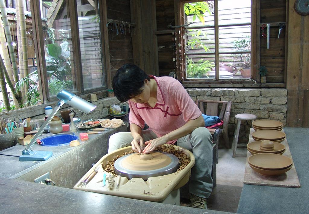 陶芸品を作る