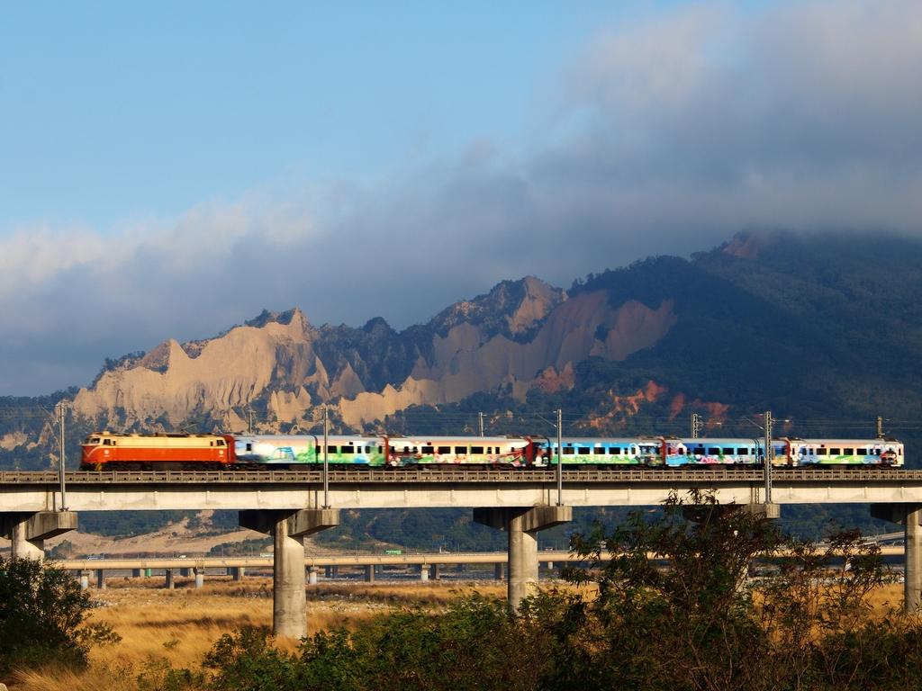 火炎山と鉄道