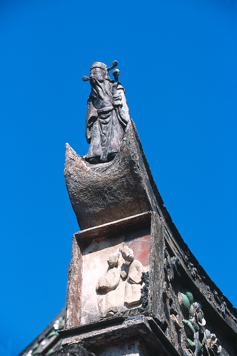 鄞山寺の屋上の芸術