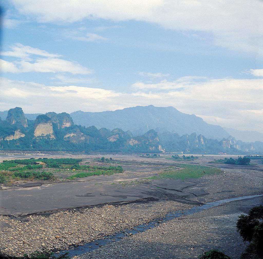 十八羅漢山を眺める