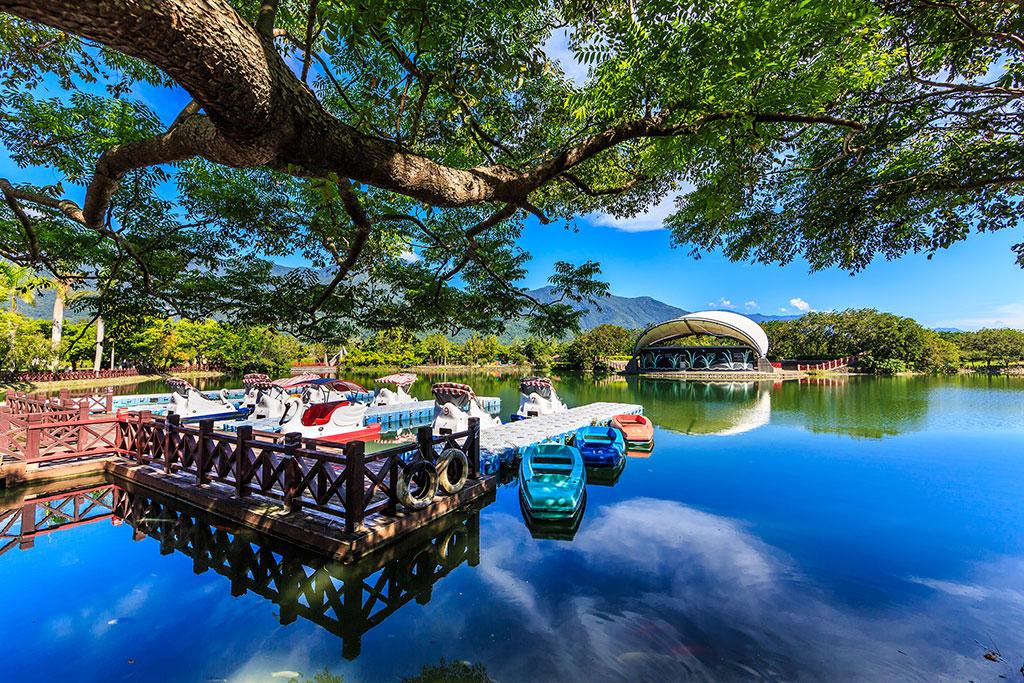 関山親水公園