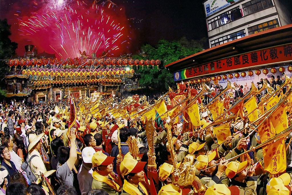 大甲鎮瀾宮の廟会の盛況