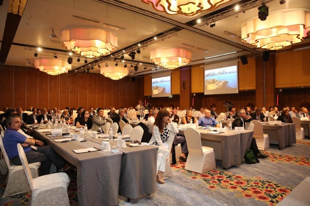 全球海湾及び港湾城市高峰論壇