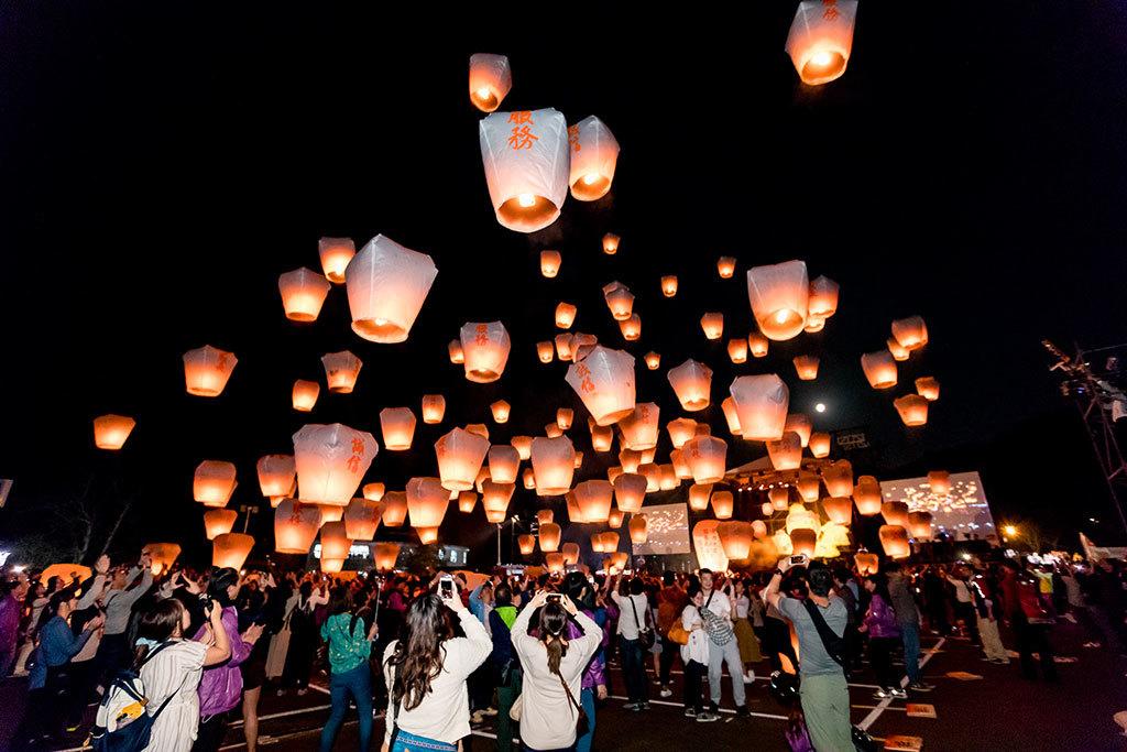 2018新北市平溪国際天灯祭り_元宵節02(新北市政府観光旅遊局提供)