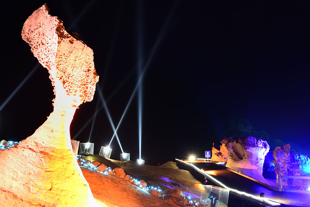 2020野柳石光-女王夜間訪問