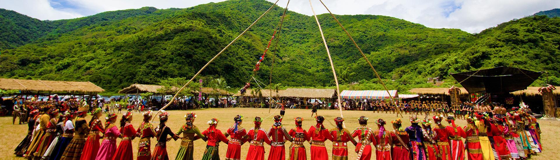 ルカイ族(魯凱族)豊年祭
