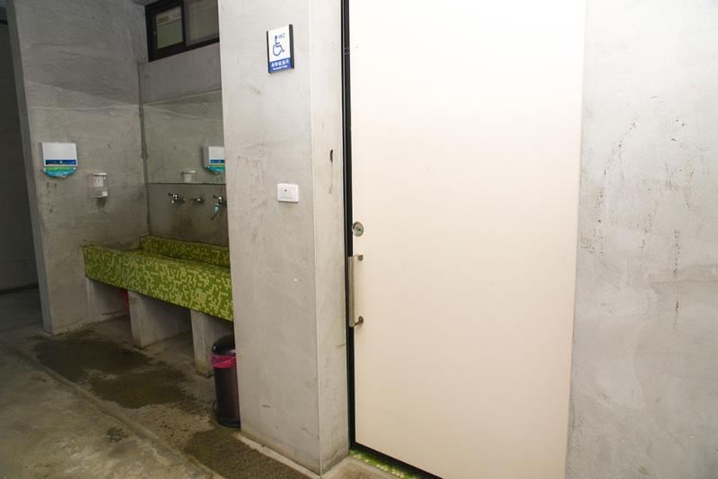 一階の車いす対応トイレの外観