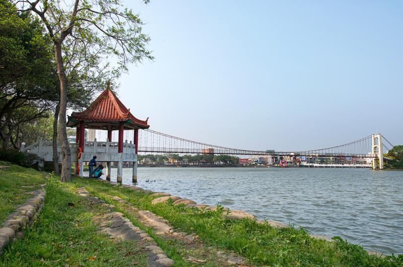 龍潭観光大池