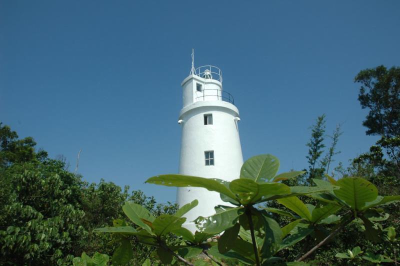 琉球嶼灯台(白灯台)