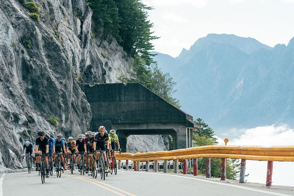 中横公路  年度:2019  写真提供:中華民国自行車騎士協会