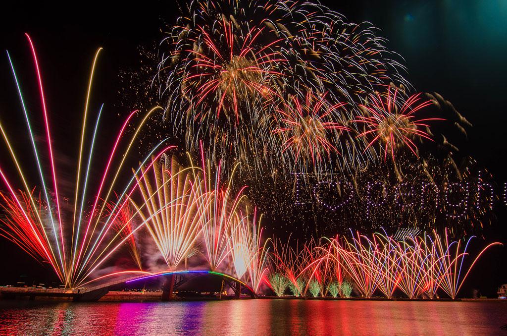 澎湖国際海上花火フェスティバル  年度:2019  撮影者:郭瑞隆  写真提供:澎湖県政府