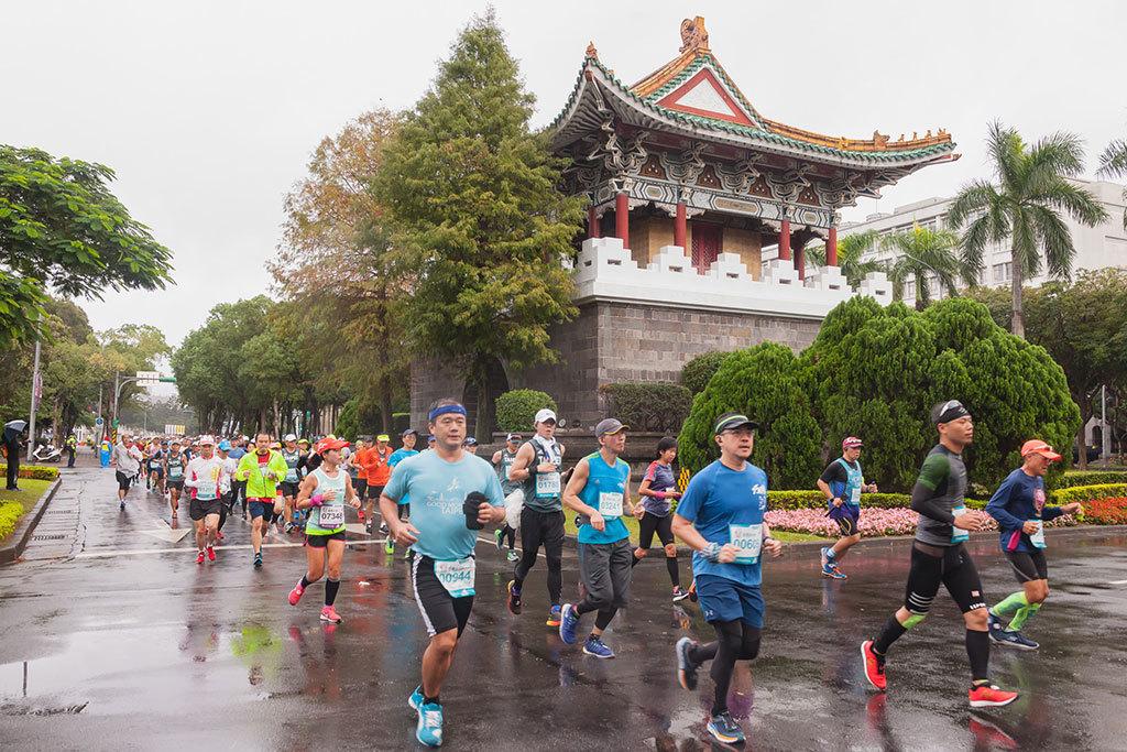 南門(麗正門)  年度:2018  写真提供:台北市政府体育局