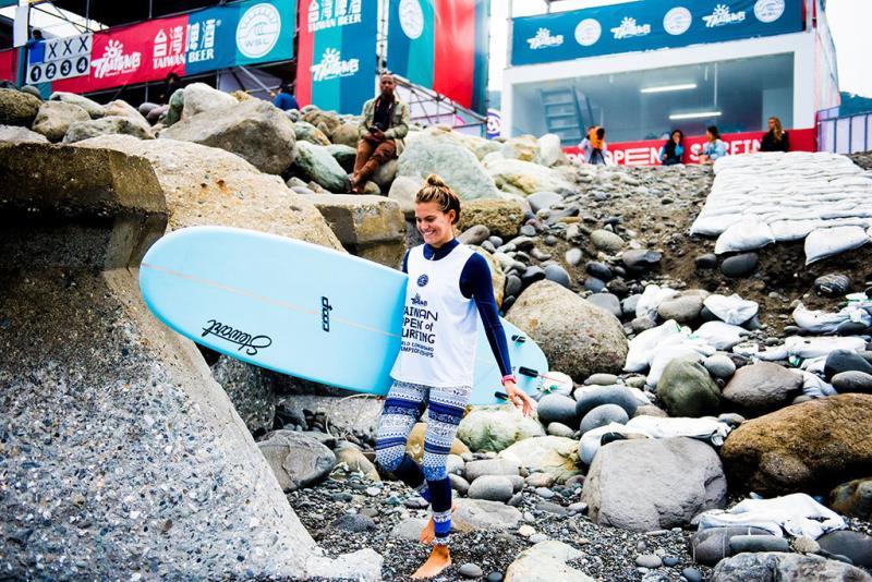 台湾国際サーフィン大会-選手Soleil Errico(アメリカ)