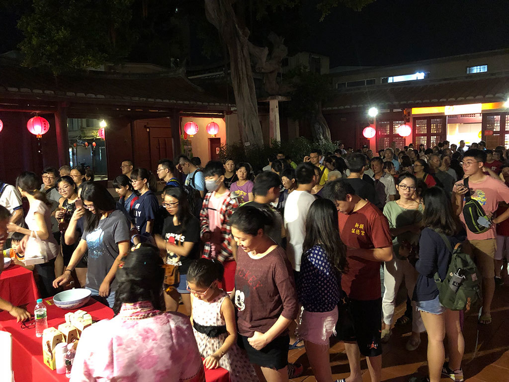 金門中秋月餅賭けサイコロゲーム大会  年度:2018  写真提供:金門県政府