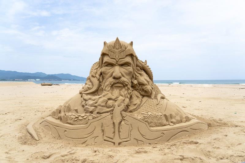 国際大会三位-彫刻家:台湾周聖強