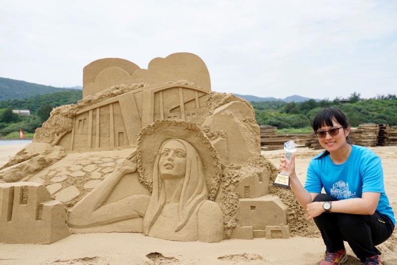 国内大会一位-彫刻家:呂佳雯