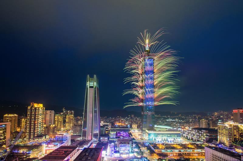 台北101の花火  年度:2017  写真提供:台北市政府