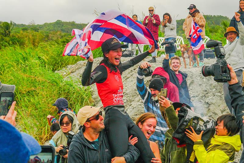 ワールド・ロングボード・チャンピオンシップ(WLC)優勝-ハワイ選手Honolua Blomfield  年度:2019  写真提供:台東県政府